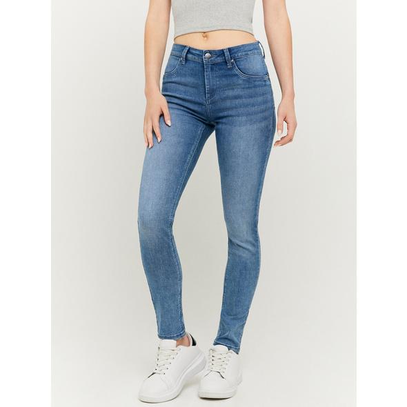 Mid Waist Push Up Jeans