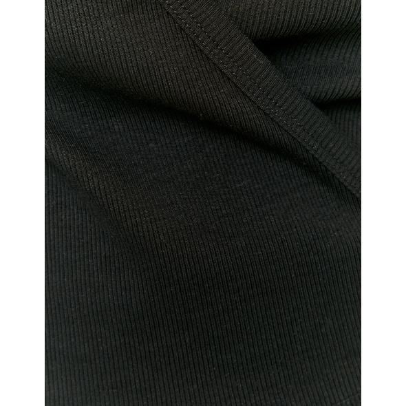 Kurzärmliges Crop Top mit Cache-Cœur-Ausschnitt