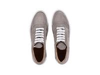 Modischer Sneaker