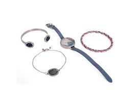 Lilo & Stitch - Armbanduhr mit Schmuckset